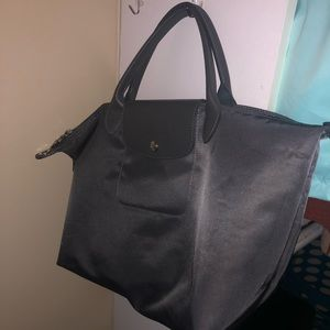 "Longchamp ""Le pliage Néo"" in grey"